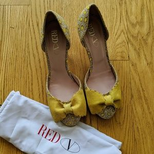 Valentino RED Yellow Bow Heels, Size 36